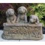 Eläinpatsas koiranpennut, Three Welcome Puppies