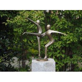 "Pronssinen moderni patsas ""Tanssi"""