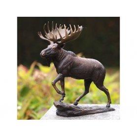 "Pronssinen Hirvi patsas ""Moose"""