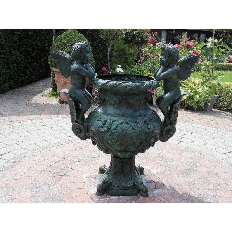 """Pronssinen Enkeli vaasi """"Angels Vase"""""""